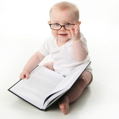 bebe-lendo-um-livro-000000000000042E